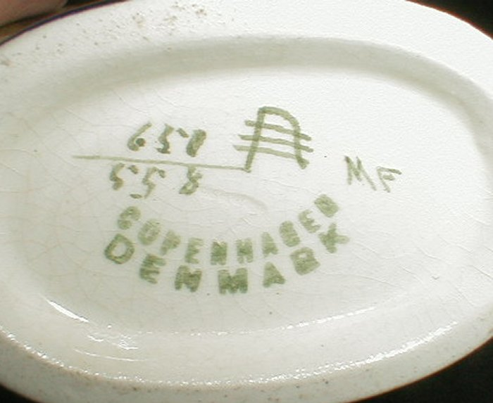 Dating Aluminia Copenhagen faience - pottery marking system